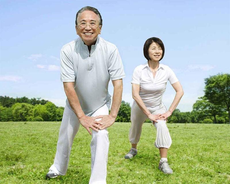 老人肥胖怎么办_坚持锻炼
