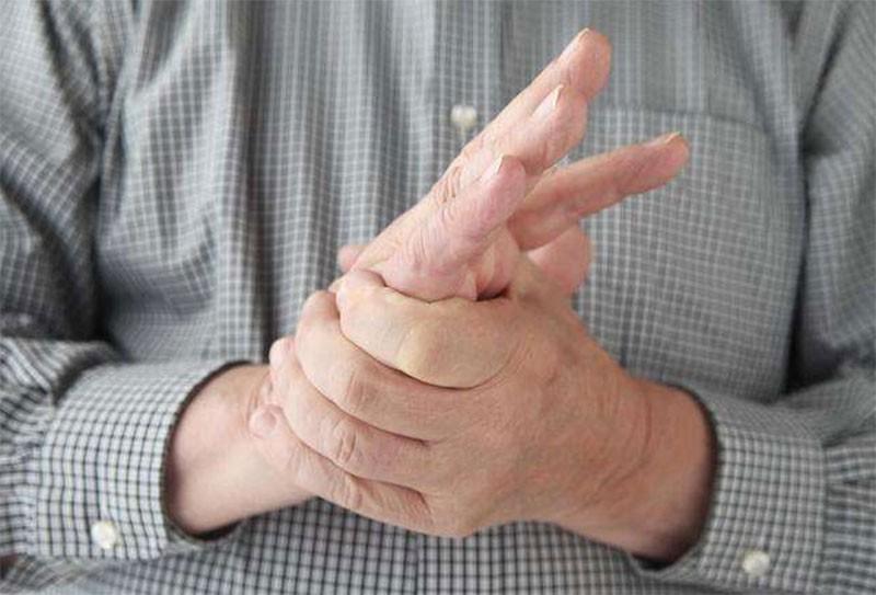 老年人血栓的症状,身体麻木